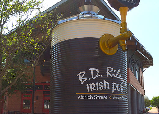 IRISH PUB TANK WITH TAP